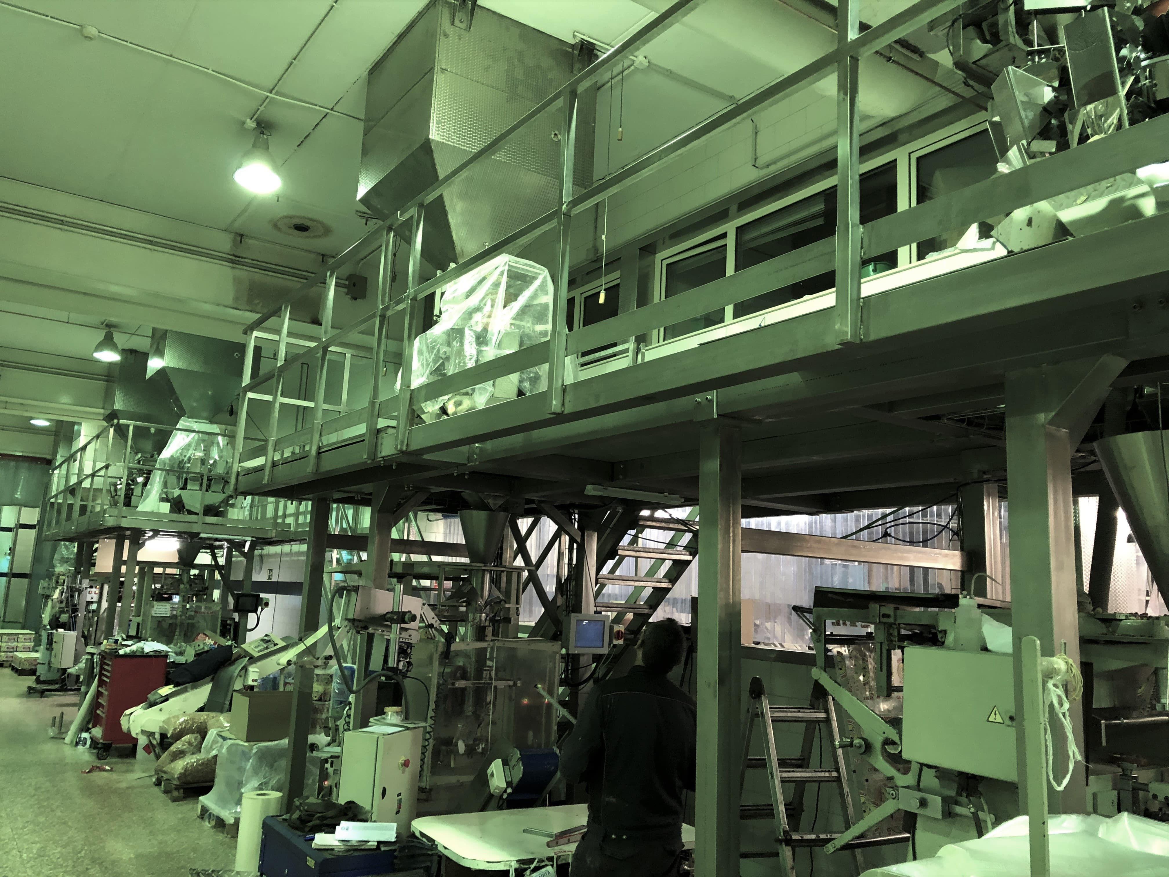 Montaje especifico de estructura metálica para fabrica en producción (Metálicas DM)
