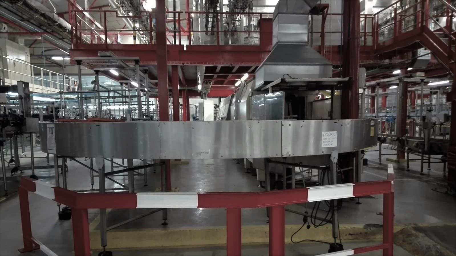 Fabrica en producción montaje de cadena de producción  (Metálicas DM)